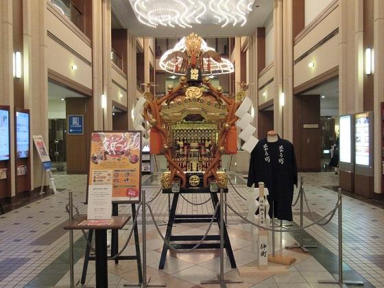 ロイヤルパインズ神輿 (1).JPG